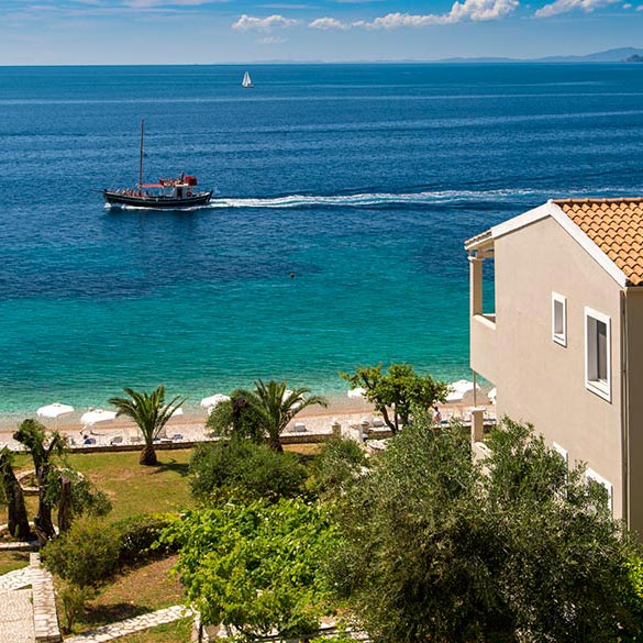 Nissaki Corfu apartments by the beach